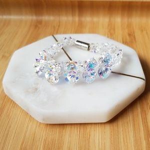 Jewelry - NWOT Iridescent beaded bracelet
